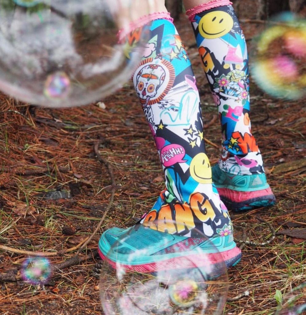 A photo of bubbles and tall gaiters.