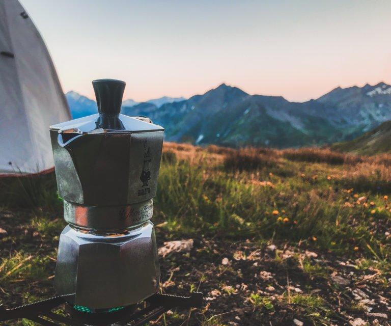 coffee - moka pot - naia tower-pierce - skyrunning girl - skyrunning girl - skyrunning - vegan - hiking - camping