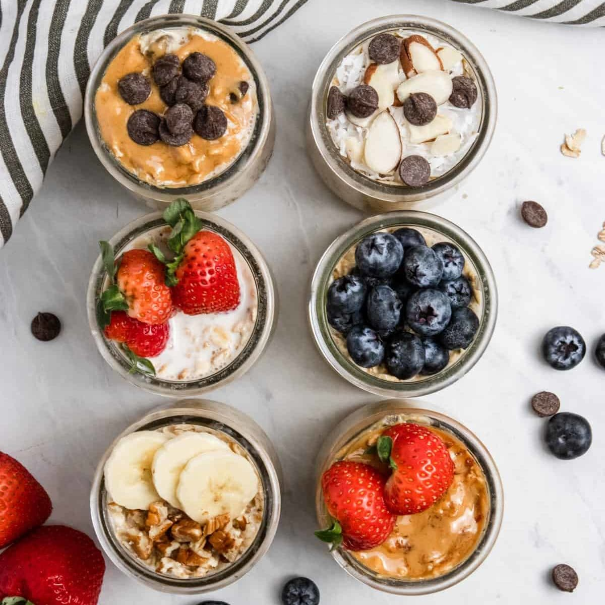 23 Easy & Quick Vegan Breakfast Recipes - 6 EASY OVERNIGHT OATS RECIPES